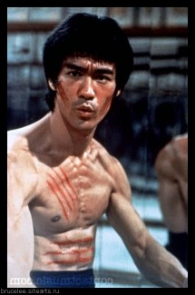Bruce Lee as 'Lee' in the film 'Enter the Dragon' USA - 19.08.73 Credit: (Mandatory): WENN