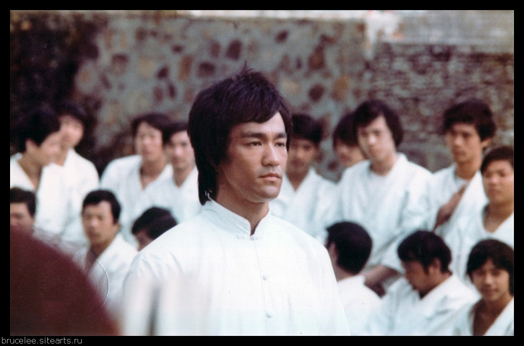 bruce lee the dragon of american The biopic of bruce lee's life the inspiring, strong willed man, whose mind, body, soul and strength led him to become the huge legend he is known as today.