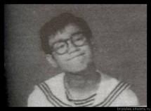 Фото Брюс Ли в детстве и юношестве 16