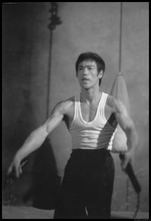 Брюс Ли, фото из фильма Путь дракона 00050